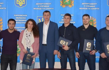 Переможці й призери студентського чемпіонату світу з самбо отримали нагороди від ХОДА
