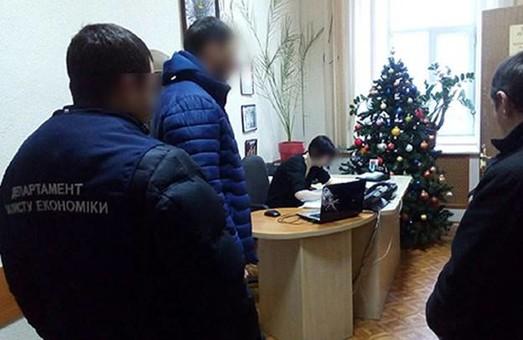 Подробиці про ранковий обшук в кабінетах міськради/ Фото