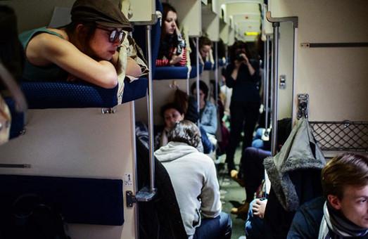 Пенсіонери та студенти можуть залишитися без пільгового проїзду залізничним транспортом