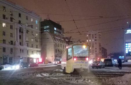ДТП у Харкові: новорічні трамвайні «дрифти» і аварія з постраждалими
