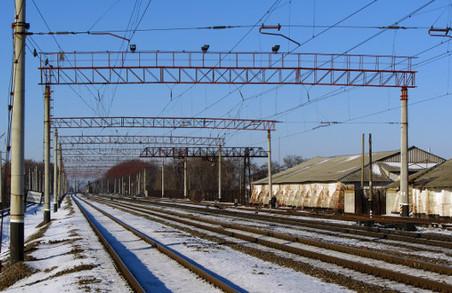 Прямуючи з Харкова до столиці, потяг збив чоловіка