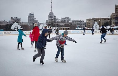 Новий рік у Харкові продовжено. Й обмеження руху транспорту центральною площею також