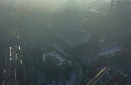 У Києві на зміну смогу прийшов радіаційний туман/ВІДЕО
