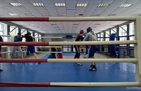 На ХТЗ відкрито спортзал на 150 боксерів