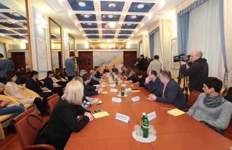 Потерпілим, свідкам та затриманим на Харківщині вручатимуть пам'ятки про їх права. Проект реалізується при сприянні Світличної
