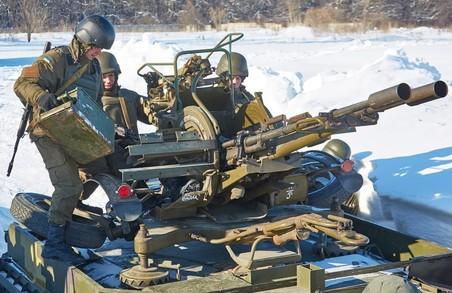 Зенітка ЗУ 23-2 збиває літаки/ Фоторепортаж