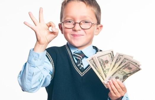 Закон «Про освіту» має врегулювати питання із грошовими шкільними внесками батьків