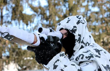 Під Харковом готують снайперів за натівськими стандартами/ Фоторепортаж