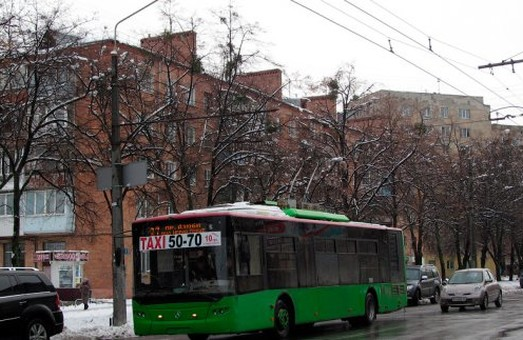 Тролейбуси змінять маршрути руху