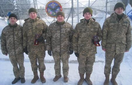 Військовослужбовці Харківської радіотехнічної бригади нагороджені за Авдіївку/ Фото