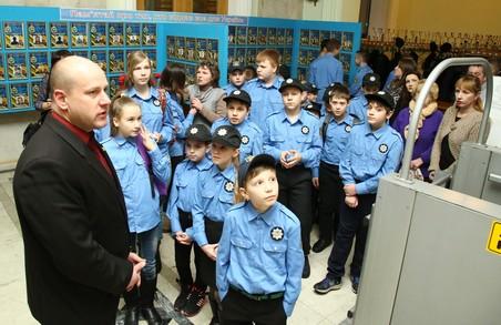 Майбутнім поліцейським показали Будинок Рад