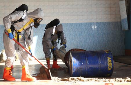 Україна готується до хімічної війни/ Фото, ВІДЕО