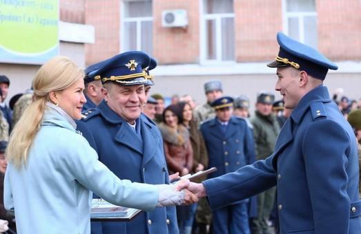"""Світлична: """"Військові – це сила, мужність і гордість України"""""""