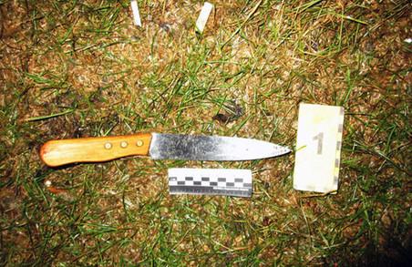 """Поліціянти таки спіймали """"рецидива"""", який в електропотязі встромив жінці ножа в шию заради грошей і мобіли"""