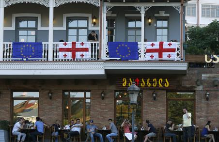 """Євросоюз дав грузинам """"добро"""" на безвіз"""