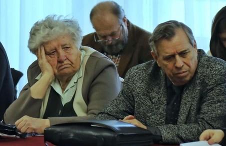 Скандал у київському Будинку офіцерів: боєць АТО розбив пику голові «ветеранів» / ФОТО, ВІДЕО