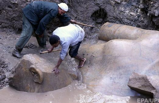 Садовому й не снилося: серед сміття у Єгипті знайшли величезну статую Рамзеса II / ФОТО, ВІДЕО