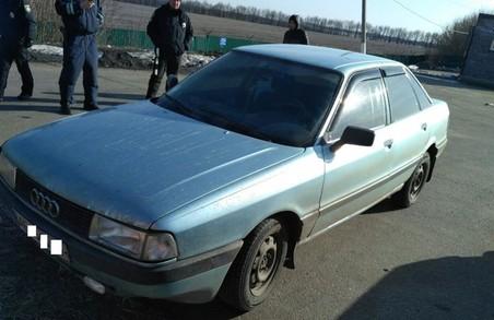 На Харківщині співробітники поліції виявили авто з підробленими номерами агрегатів