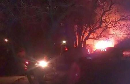 Пригоди машин у Харкові: одна згоріла, три не роз'їхалися