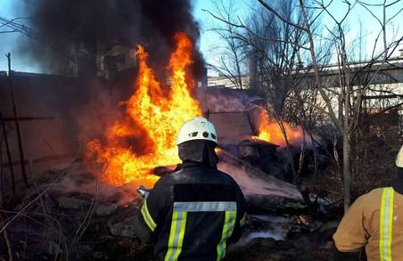 Від пічної трубі загорівся будинок