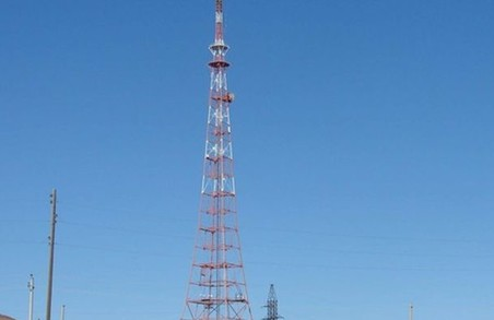 На Чонгарі запрацювала радіовежа для мовлення на Крим: які радіостанції чутно