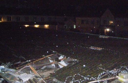 Уночі по будівлі патрульної поліції вдарили з гранатомету /Фото