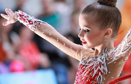 Альбіна Дерюгіна може пишатися 9-річною Ніколь Савіною/ Фото