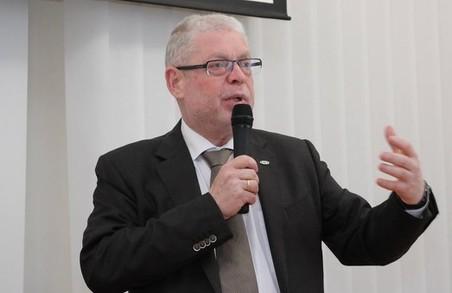 У Харкові Міносвіти звинуватили в потуранні сепаратизму/ Доповнено