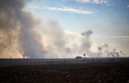 Пожежу на артскладах у Балаклії повністю зупинено - заступник міністра оборони