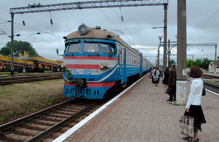 Південна залізниця скорочуватиме електрички