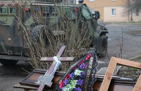 Нацгвардія вивозить покійних із небезпечних районів Балаклії / Фото
