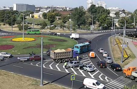 Парламент скорегував правила дорожнього руху для українців