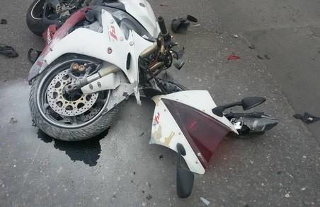 Врізався в Peugeut, перекинув автівку і викликав поліцію: ДТП у Харкові