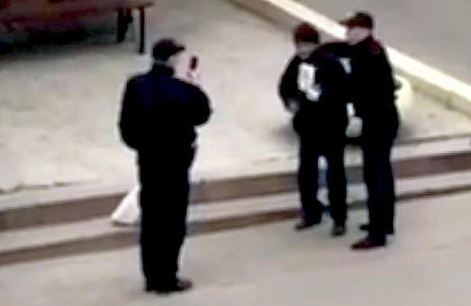Резонансне відео з харківськими поліцейськими прокоментувало керівництво патрульних / ВІДЕО
