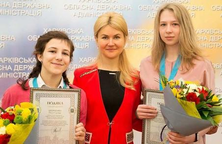 Світлична привітала юних харків'янок зі значними досягненнями на Європейській математичній олімпіаді