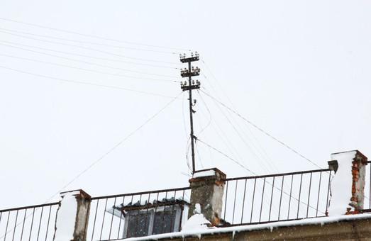 Після негоди на Харківщині знеструмленими залишаються 17 населених пунктів