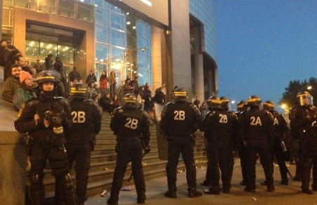 Заворушення у Франції: високий результат Ле Пен підштовхнув її супротивників до протестів/ Фото, Відео