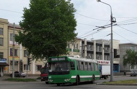 Заборонено рух по Московському