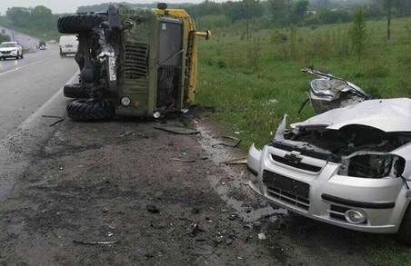 Четверо загинули в ДТП на під'їзній дорозі до аеропорту/ Фото