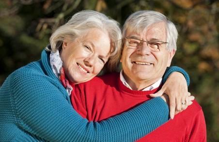 Людям середнього віку не варто розраховувати на накопичувальну пенсійну систему - експерт