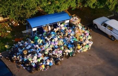 Львівське сміття: правоохоронці викликають на допити заступників Садового