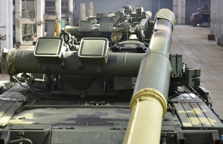 """""""Укроборонпром"""" підготував партію харківських Т-80 для десантників/ Фото, Відео"""