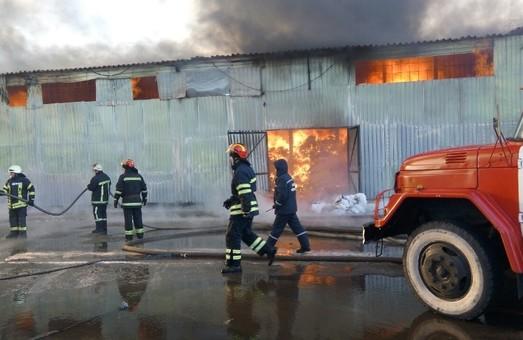 Постраждалий під час пожежі бензовозу знаходиться в реанімації/ Доповнено