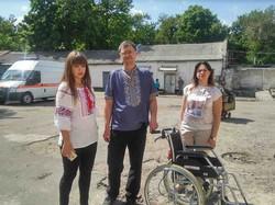 Харківські активісти «Солідарності» відвідали бійців АТО у військовому шпиталі