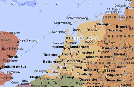Майбутнє України – з Європою. Юнкер про голосування в Сенаті Нідерландів