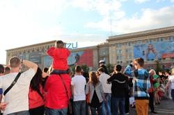 «Діти Харкова – за мир»: на площі Свободи відбулася акція до Дня захисту дітей / Фоторепортаж