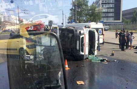 Харківська «швидка» потрапила в жахливу аварію: шість постраждалих / ФОТО