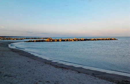 Частину акваторії Азовського моря закриють для відпочиваючих і рибалок/ Фото
