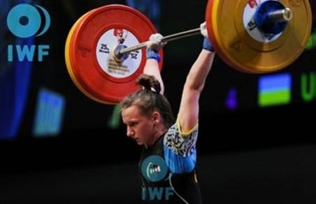 Юніорки-важкоатлетки з Харкова показали непогані результати на чемпіонаті світу