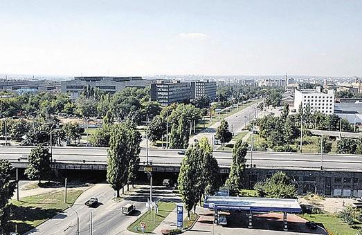 У бізнесменів відібрали 8 га на Московському проспекті